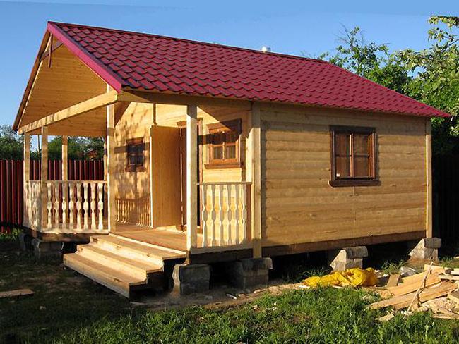 Древесина для строительства бани: выбор и защита от вредных влияний