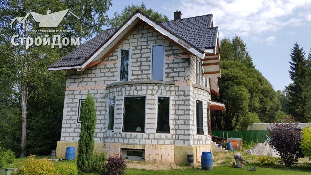 Строительство домов с цокольным этажом из газобетона под ключ в СПБ и Ленинградской области