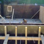 Строительство дома с цокольным этажом армирование и опалубка стен цокольного подвального этажа