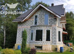 Строительство дома с цокольным этажом, мансарда, коттедж из газобетона