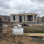 Строительство первого этажа загородного дома из газобетона под ключ. Перекрытие.