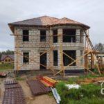 Строительство кровли загородного дома из газобетона под ключ