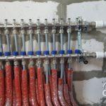 Строительство загородного дома из газобетона под ключ. Стяжка пола. Разводка отопления.