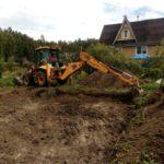 Строительство фундамента загородного дома, откопка котлована
