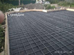 Строительство фундамента загородного дома, наплавляемая гидроизоляция, армирование плиты фундамента