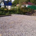 Строительство фундамента загородного дома, щебеночная подготовка