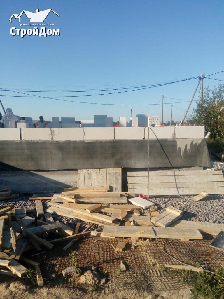 Строительство стен загородного дома из газобетона