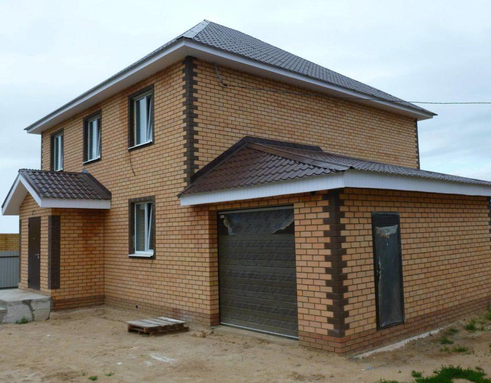 Плюсы и минусы строительства частных домов и коттеджей из кирпича