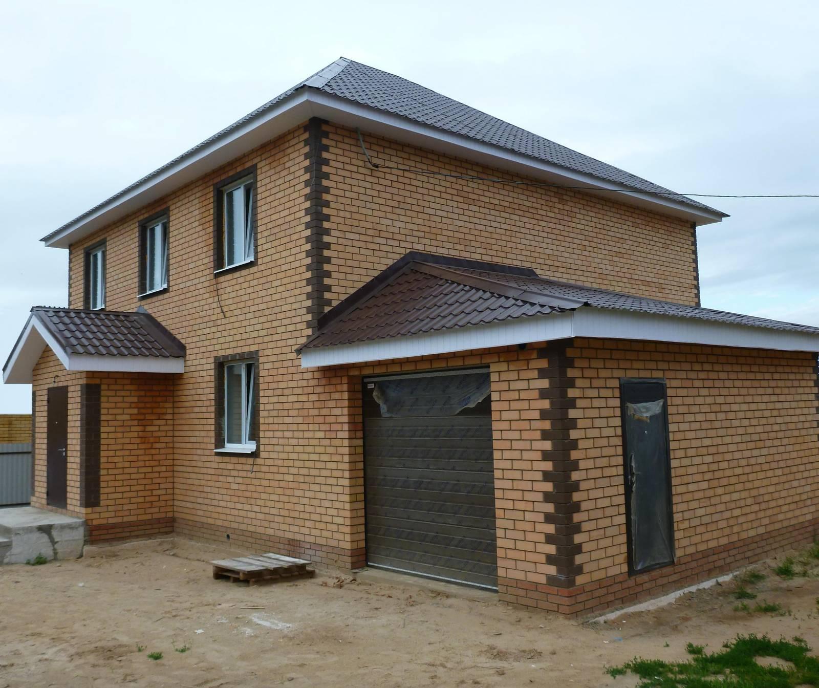 сколько стоит построить кирпичный дом 100