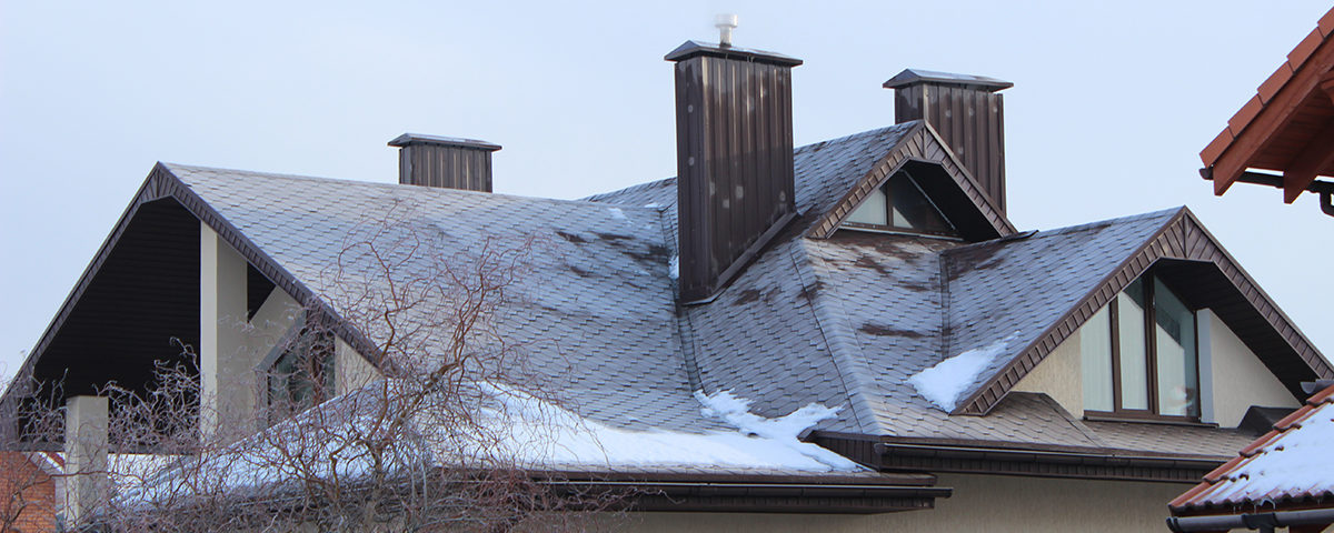 Почему промерзает крыша и как с этим бороться?